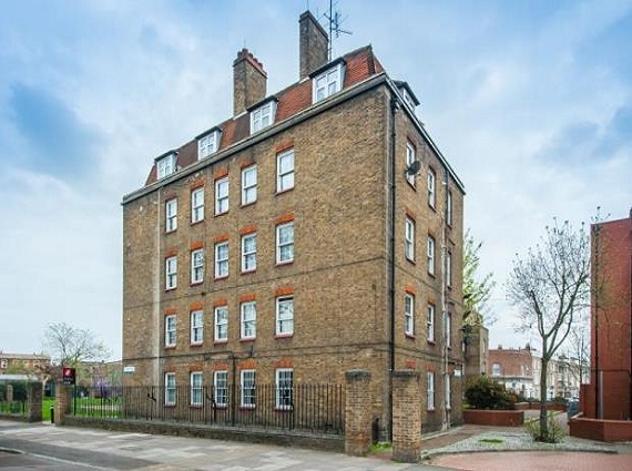 2 bed flat to rent, Doddington Grove, Walworth, SE17 3TE