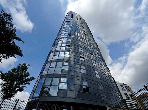 2 bedroom apartment in Stratford for sale, E15 1QE